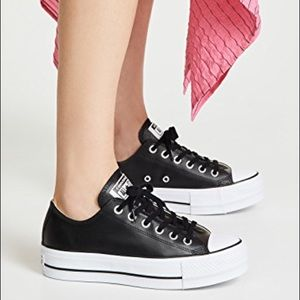 Chuck All Star Clean Ox Sneakers, 6.5, like new!